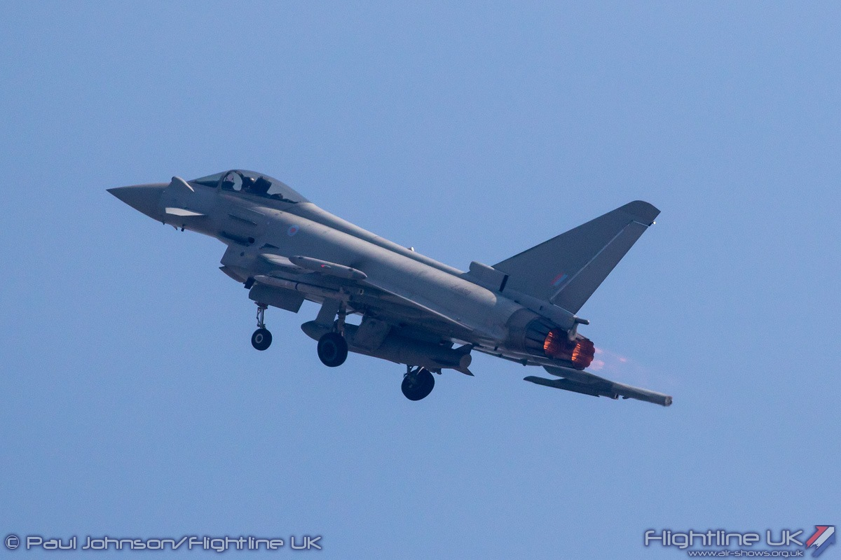 NEWS: Crowd pulling RAF Typhoon unveiled for Clacton Airshow