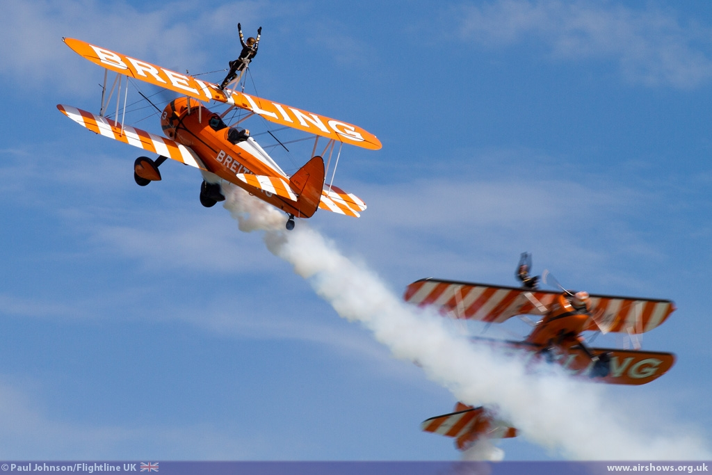 NEWS: Wingwalkers set to barnstorm over Great Yarmouth beach