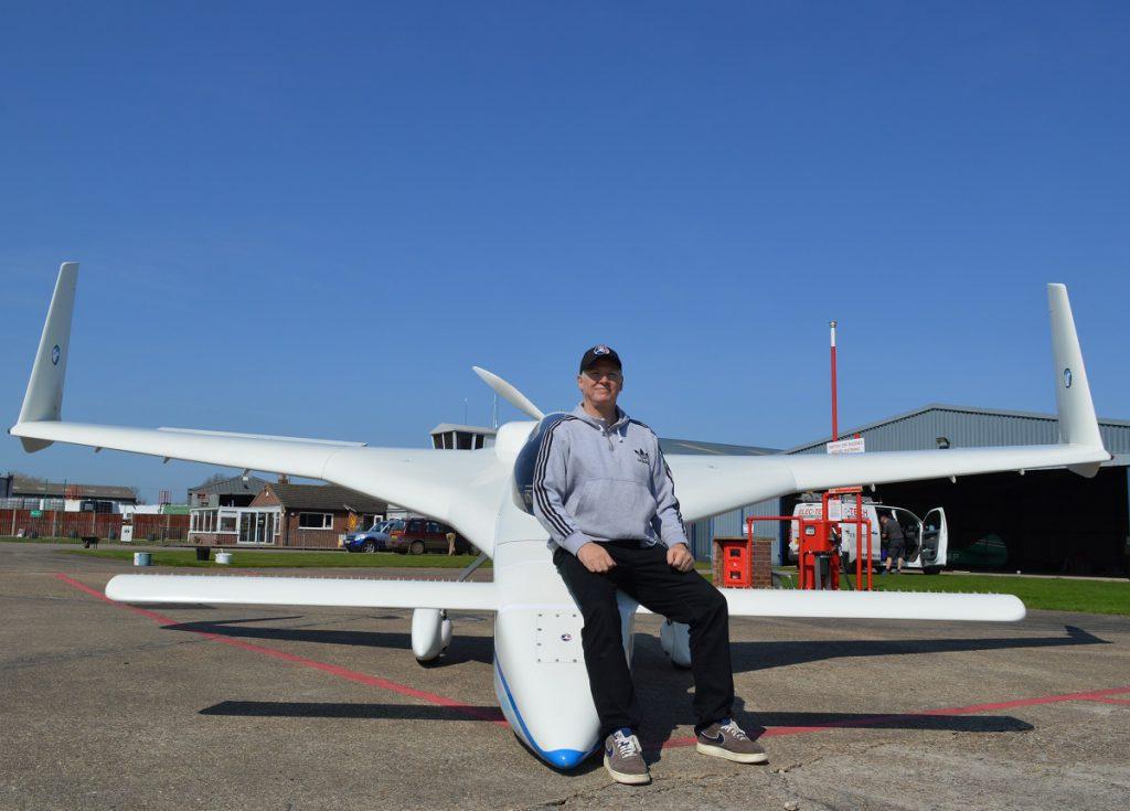 Dan Gay and his Long-Ez at Seething Airfield