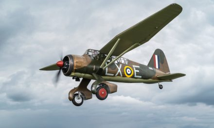 NEWS: First Aircraft to Land at Dunsfold Aerodrome Joins Wings & Wheels Line-up
